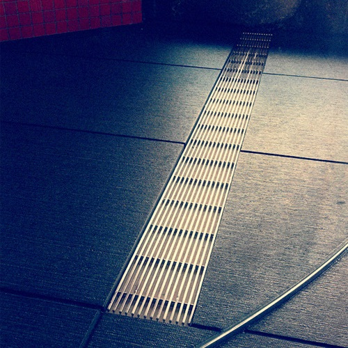 Linear Wire Wastes & Channel Grates